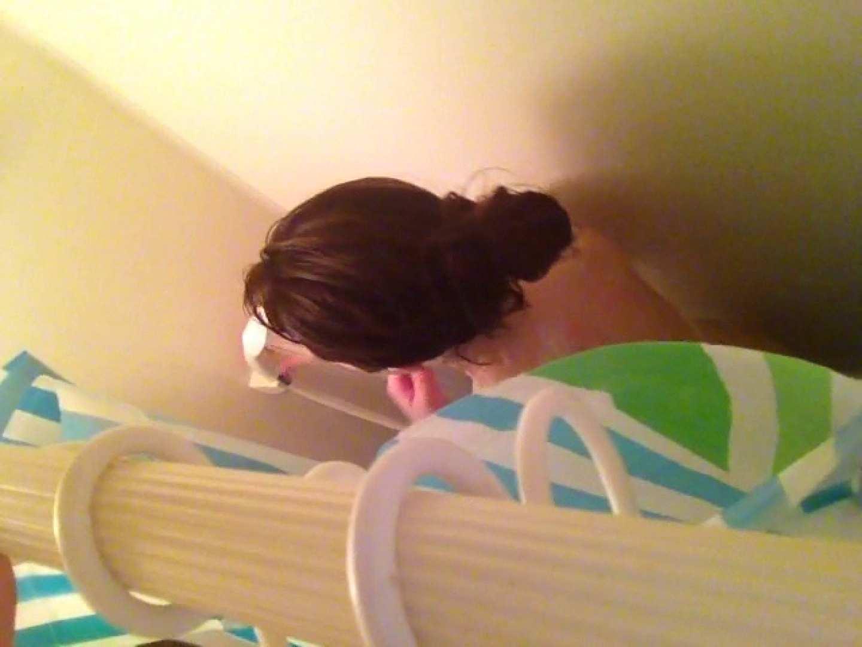 11(11日目)上からシャワー中の彼女を覗き見 シャワー | 覗き  50pic 10