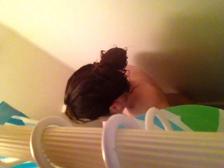 11(11日目)上からシャワー中の彼女を覗き見 シャワー  50pic 18
