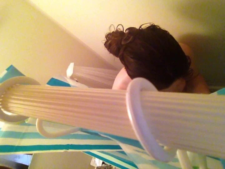 11(11日目)上からシャワー中の彼女を覗き見 シャワー | 覗き  50pic 22