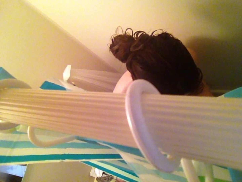 11(11日目)上からシャワー中の彼女を覗き見 シャワー | 覗き  50pic 25