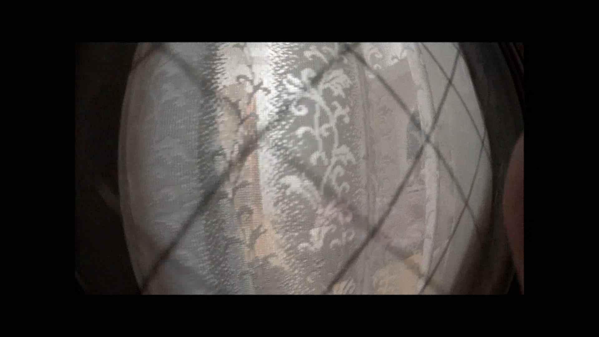 【04】別の日・・・魚眼レンズで広角に撮れました。 家宅侵入  108pic 22