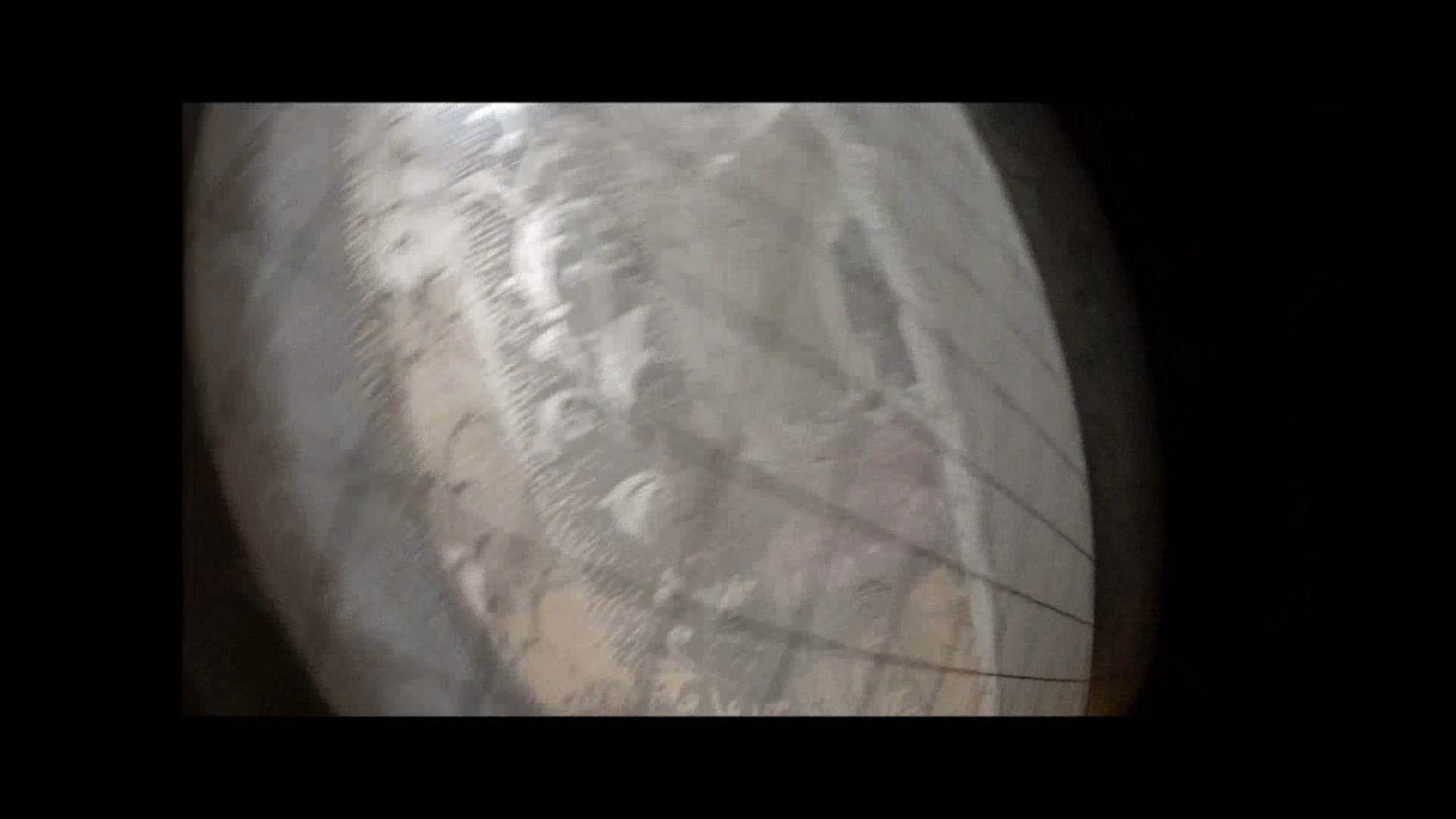 【04】別の日・・・魚眼レンズで広角に撮れました。 家宅侵入  108pic 84