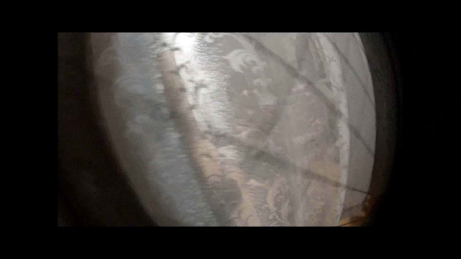 【04】別の日・・・魚眼レンズで広角に撮れました。 家宅侵入  108pic 90