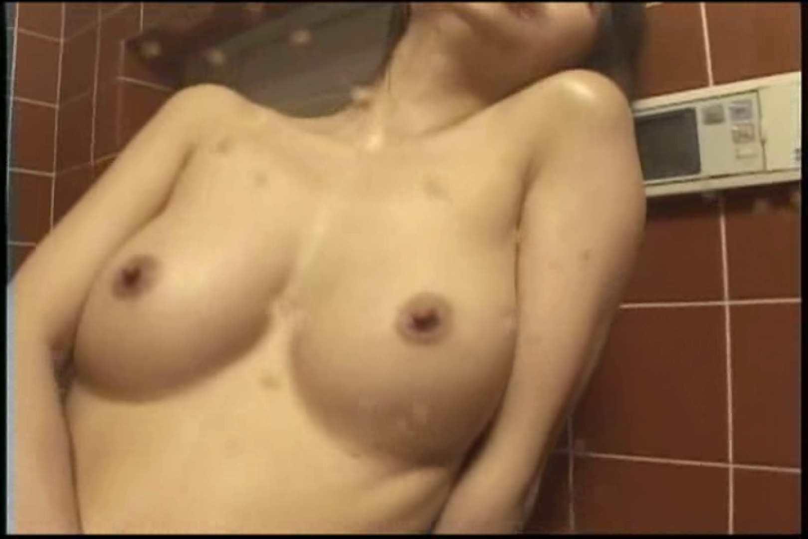 自慰行為中の乳首の起ちっぷりがセクシー 早川葉子 乳首   エッチな熟女  101pic 61