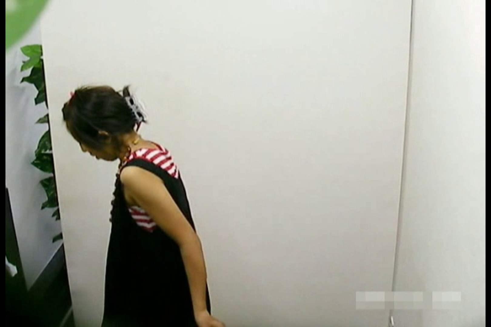 素人撮影 下着だけの撮影のはずが・・・エミちゃん18歳 盗撮 濡れ場動画紹介 65pic 5