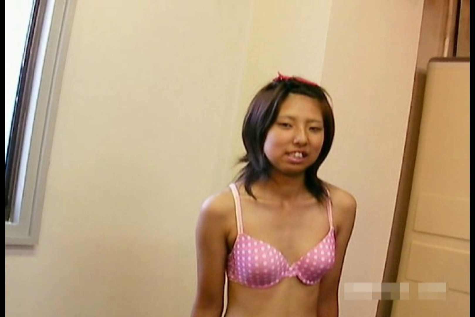 素人撮影 下着だけの撮影のはずが・・・エミちゃん18歳 おっぱい特集 エロ無料画像 65pic 22