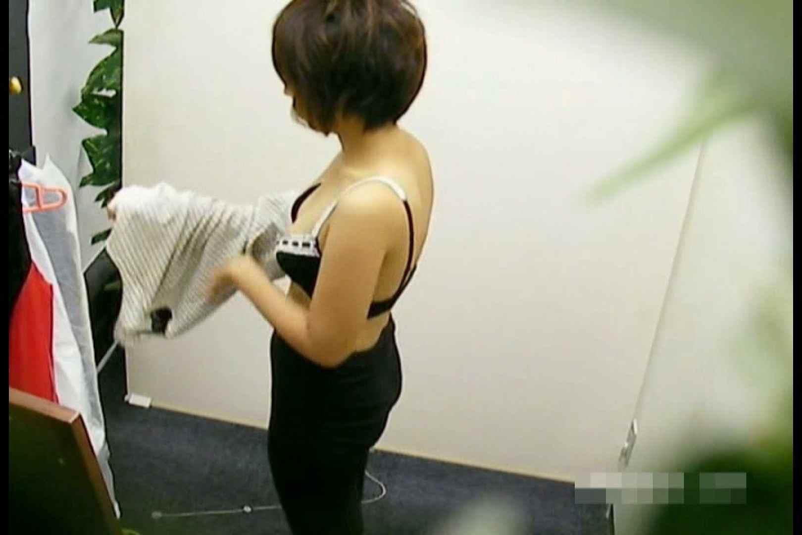 素人撮影 下着だけの撮影のはずが・・・エミちゃん18歳 丸見え のぞき動画キャプチャ 95pic 88